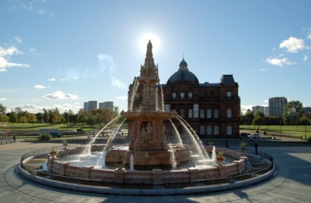 Doulton_Fountain_-_Glasgow_Green by Michael Gallacher