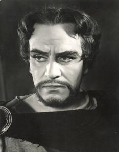 Laurence Olivier as Macbeth.